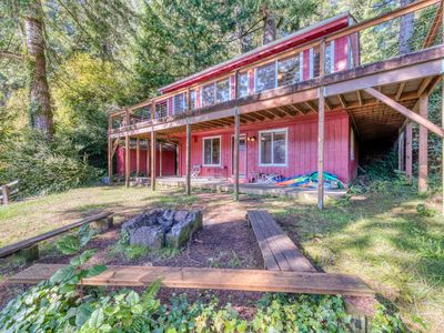 Photo for Dog-friendly lakefront home w/ convenient location & private deck!
