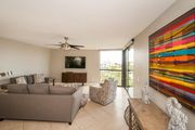Gorgeous Newly Renovated Beach Front Condo! ~ Free Beach Service! FREE Golf!