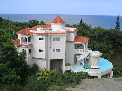 Photo for BENTLEY VILLA Stunning Views/Infinity Pool/Cinema/Gym/Waterfall/Island/Staffed
