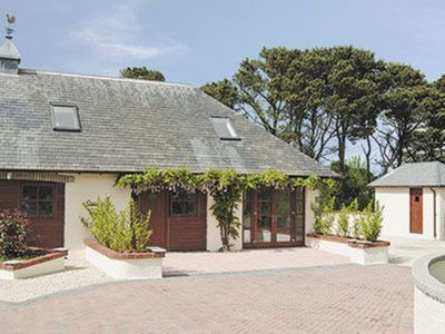 Photo for 3 bedroom property in St Agnes. Pet friendly.