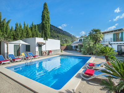 Photo for Beautiful Villa Mairata with Private Pool and Mountain Views