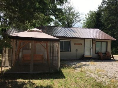 Photo for Cozy one bedroom home, sleeps 4. Not on the lake, 1/2 mile from nearest launch.