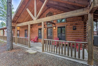 You're sure to feel at home in this 2,200-square-foot cabin.