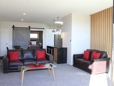 Photo for Ultramodern Apartment within walking distance of Waikato hospital