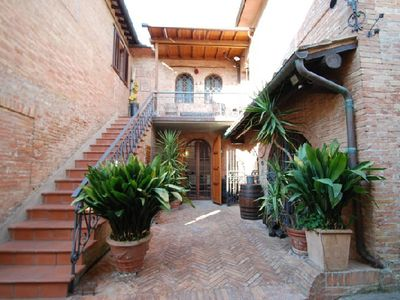 Photo for holiday vacation apartment rental italy, tuscany, siena, holiday vacation apartment to rent italy, tuscany, siena, holid