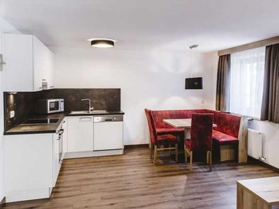Photo for Top 5 - Apartment for 2-4 people centrally located on the slopes and lifts - A Casa Juwel Sölden, Ski in &