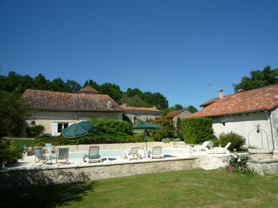 Photo for Charming cottage for 4 people with private pool.