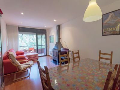 Photo for Beautiful apartment for 6 guests with TV, balcony and parking