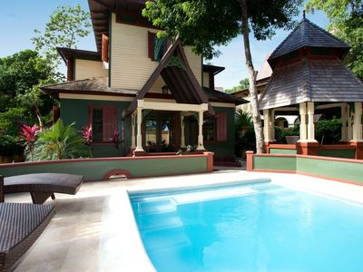 Photo for Romantic 1 BR Villa with Dip Pool! Mango Hermosa