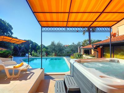 Photo for Great villa with private pool, sauna, jacuzzi, fitness