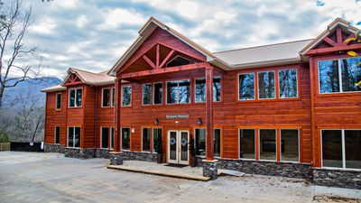 Photo for Elevator, Arcade Games, Firepit, Hot Tubs, 2 Game Rooms, great for Reunions & Corporate Retreats
