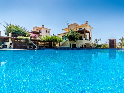 Photo for ★ Anna-Maria 3-level Villa with pool