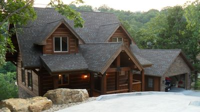 Beautiful Log Home (Post and Beam construction)
