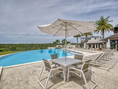 Photo for The Cypress Sunset 30A Home - Sleep 13 - 4 Bed/4 Bath - Quiet Retreat - Infinity