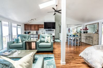 The large Studio has a 55'' flat screen TV with Direct TV, Ceiling fans & more!