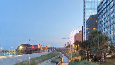 Photo for Need Xtra Rooms Thanksgiving week? 1BR unit at the Boardwalk! 2 Available