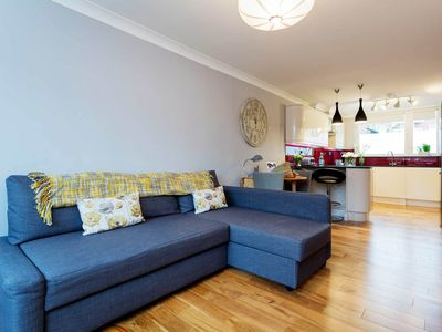 Photo for Delightful Two Bed Apartment close to Regent's Park, sleeps up to 7 (Veeve)