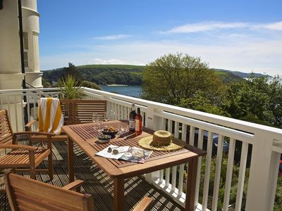 Photo for 5 GRAFTON TOWERS, family friendly in Salcombe, Ref 995107