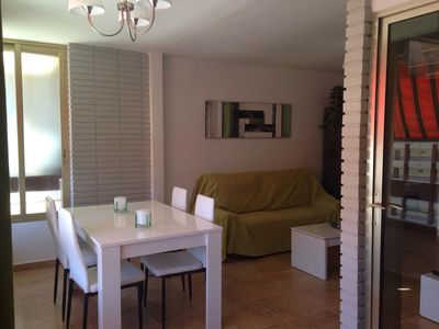 Photo for Apartment 4 seats with air conditioning and pool corner of loix (flat area