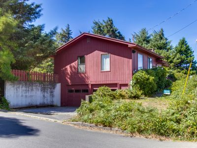 Photo for Cozy hilltop home w/ ocean views & game tables, 3 blocks from the beach!