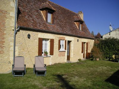 Photo for quiet house in black Périgord, 6 people, garden, all comfort.
