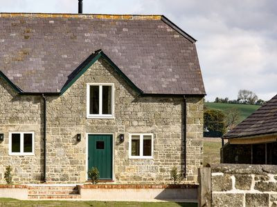 Photo for 1 bedroom Barn in Melbury Abbas - 48717