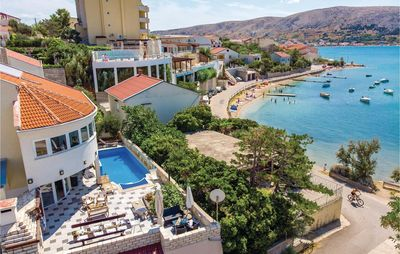 Photo for 6 bedroom accommodation in Pag