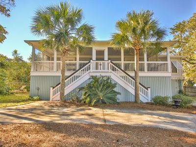 Photo for Charming IOP Home- Just 5 MINS to beach!