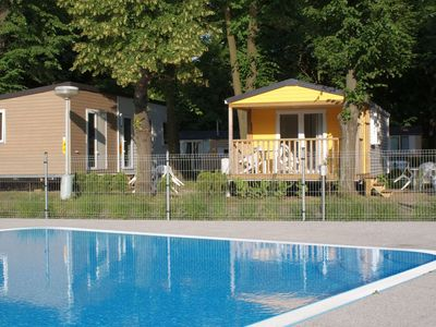 Photo for Lovely apartment for 4 guests with pool, WIFI, pets allowed and parking