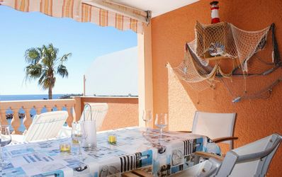 Photo for Two-room apartment with terrace and incomparable sea view, 50m from the beach, swimming pool