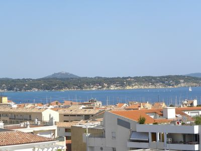 Photo for Bandol - Charming 2/3 Seaview Rooms, Center, Port and Beach