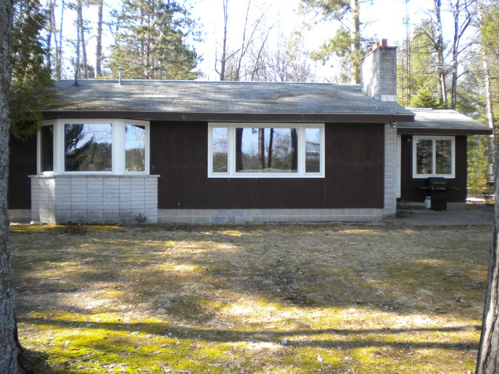Airbnb Michigan Secluded Tee Lake Lakefront Home Lewiston Michigan