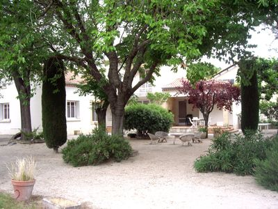 Photo for Beautiful family house between Provence and Camargue