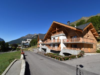 Photo for 2BR Chalet Vacation Rental in Vaujany, Isère