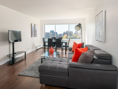 Photo for Luxury 1 Bedroom Apt in Heart of Downtown Mtl - 06