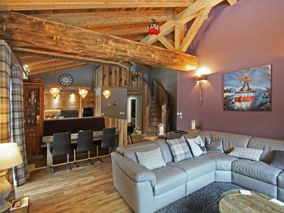 Photo for Chalet des Amis appt 2 -  an apartment that sleeps 6 guests  in 3 bedrooms