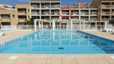 Photo for Apartment 4 people, air conditioning, swimming pool, WIFI, south facing balcony, harbor center