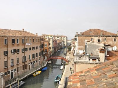 Photo for 2 bedroom Apartment, sleeps 6 in Venice with Air Con