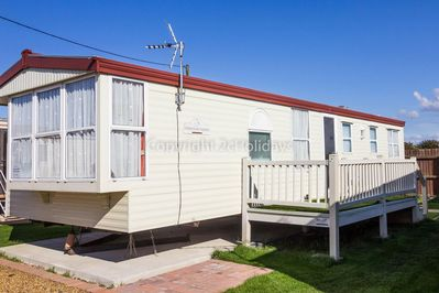 Look at reviews on Lees holiday park and see just how close it is to Hunstanton beach