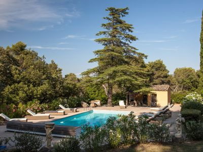 Photo for Real small Provençal castle with pool and tennis
