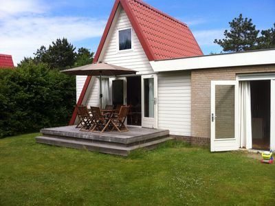 Photo for Holiday house with large garden in the south, 900m from the North Sea beach