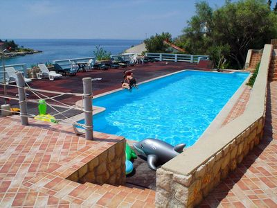 Photo for One bedroom apartment with terrace and sea view Potočnica (Pag)