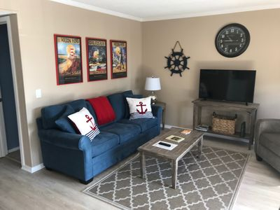 FREE NETFLIX , Ocean View, King bed,  Admiral's Row 2 BR Villa on  Southside!!
