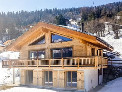Photo for Chalet Joli - Luxury chalet for 10 people