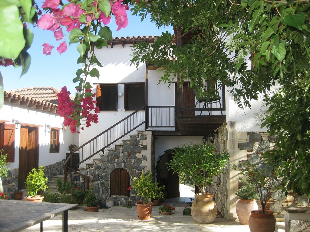 Beautiful Traditional House In Authentic Village Local Walks And Great Base