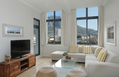 Photo for Mountain View Apartment situated in the heart of Cape Town close to all hotspots