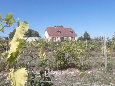 Photo for Gite Carlucet, 4 bedrooms, 8 persons