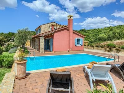Photo for Lovely villa with private pool near Umag