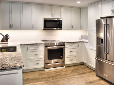 Photo for Gorgeous remodeled 2bedroom property on the beach