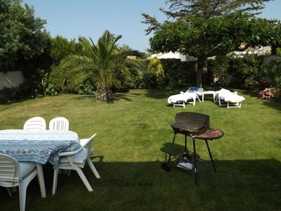 Photo for Detached house on large garden for 8 people
